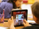 Nhật Bản đề xuất dùng sách giáo khoa điện tử