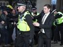 Dụ dỗ nữ sinh, cựu tuyển thủ Anh đối mặt 10 năm tù