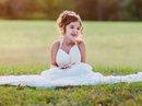 Cảm động bé 4 tuổi tái hiện ảnh cưới của mẹ đã qua đời