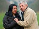 Người đàn ông cưới cô gái kém mình 42 tuổi làm vợ thứ 9