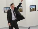Kẻ ám sát đại sứ Nga bị bạn gái người Nga sai khiến?