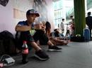 Người Việt xếp hàng mua iPhone 7 trước 2 ngày ở Singapore