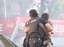 Thổ Nhĩ Kỳ: Cảnh sát bảo vệ lính đảo chính