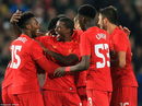 Đánh bại Tottenham, Liverpool vào tứ kết Cúp Liên đoàn