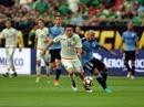 Mexico thắng đậm Uruguay trong trận đấu có 2 thẻ đỏ