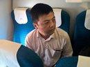 Khách Trung Quốc lại ăn cắp tiền trên máy bay