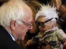 Bản sao thu nhỏ của ứng viên Bernie Sanders qua đời