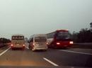 Xe khách chạy ngược chiều trên cao tốc Nội Bài - Lào Cai