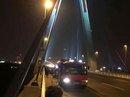 Đi vệ sinh trên cầu Nhật Tân, bị rơi xuống sông Hồng mất tích