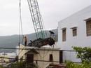 Đứt dây cáp cẩu dầm bê tông 200 tấn, 2 người tử vong