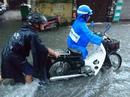 Miền Bắc tiếp tục hứng mưa, TP HCM hửng nắng