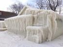 Trời lạnh tới nỗi nhà hóa băng ở Mỹ