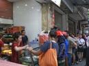 Hà Nội: Xếp hàng dài đợi mua bánh trung thu truyền thống