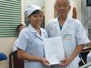 Khen thưởng nữ điều dưỡng có nghĩa cử cao đẹp