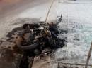 Đôi nam nữ dừng xe cãi vã, xe cháy, người về đồn