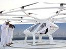 """Hoàng tử UAE trải nghiệm """"taxi bay"""" không người lái đầu tiên"""