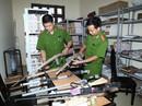 Báo động tình trạng mua bán vũ khí trên mạng