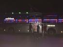 Truy tố 3 thiếu niên ném đá vào xe khách