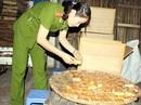 Sử dụng thực phẩm bẩn có thể bị phạt tù