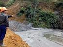 Đình chỉ hoạt động của xí nghiệp để vỡ hồ chứa nước thải