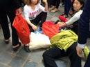 """Phạt hành chính nhóm thanh niên """"làm ngã"""" bà cụ ở chùa Hương"""
