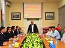 Chiều 30 Tết, Thủ tướng đến thăm Chi cục Hải quan Tân Sơn Nhất