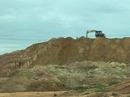 Xới tung cụm công nghiệp lấy đất làm gạch