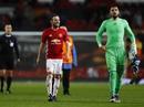 Mata và Romero đưa M.U vào tứ kết Europa League