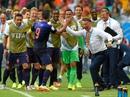 """Sợ mất World Cup, Hà Lan """"cầu cứu"""" Van Gaal"""