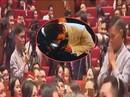Quỳ mọp trước Jack Ma, nhục hay vinh?