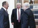 """Vừa """"trảm"""" sếp FBI, ông Trump gặp quan chức Nga"""