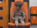 """Gặp lại cậu bé """"biểu tượng chiến tranh Syria"""""""