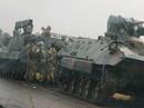 """Zimbabwe: Tư lệnh quân đội """"làm phản"""", lật đổ tổng thống 93 tuổi?"""