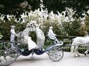 """Đám cưới cổ tích của cặp đôi """"con nhà giàu"""" ở Singapore"""