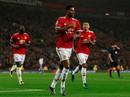 """""""Thần đồng"""" Rashford tỏa sáng, Man United đè bẹp Basel"""