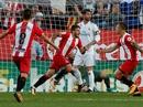 """Ronaldo lại im tiếng, Real Madrid thua sốc """"tí hon"""" Girona"""