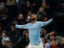 Sterling bùng nổ, Man City lập kỷ lục chiến thắng giải Ngoại hạng