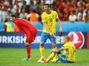 Lindelof kêu gọi Mourinho giữ lại Ibrahimovic