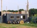 """""""Nhà container"""" có phải là nhà?"""