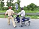 Thẩm phán vi phạm giao thông, đến công an trình báo nghi bị cướp xe