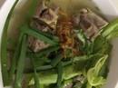 Hủ tiếu xương heo: nấu thiệt dễ, ăn thiệt ngon