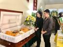 Nghệ sĩ hải ngoại nghẹn ngào tiễn biệt danh hài Văn Chung