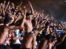 """Khán đài sập ở Tây Ban Nha, fan Pháp bị xịt hơi cay """"lạ"""""""
