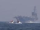 Iran khoe clip tàu tấn công cao tốc rượt đuổi tàu sân bay Mỹ
