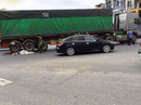 Va chạm trên Quốc lộ 1A, 2 người đi xe máy chết thảm dưới bánh xe tải