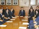 Cuộc cải tổ nhiều tính toán của ông Abe
