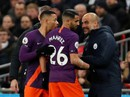 Giúp Man City đòi lại ngôi đầu, Mahrez tặng bàn thắng cho cố tỉ phú Thái Lan