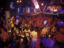 """Đức: Nghi nhiễm virus chết người sau """"tiệc sex"""" ở hộp đêm"""