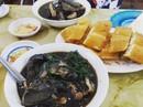 Lẩu cá hồi, rau mầm đá hấp dẫn du khách đến Sa Pa mùa này