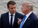 Vừa hạ cánh xuống Pháp, ông Trump đã nặng lời với ông Macron